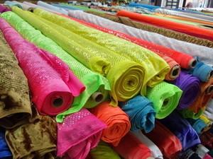 Что такое текстиль и текстильные изделия: особенности и применение