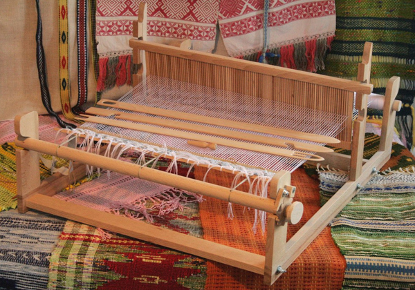 Славянские ткани: какие существуют разновидности русских народных материалов