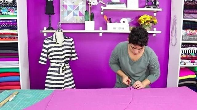 Платье кейп: выкройка, как сшить пальто, пончо с прорезями для рук
