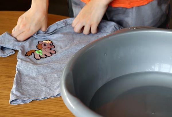 Клейкая лента для ткани, клеевая паутинка: как приклеить утюгом и пользоваться