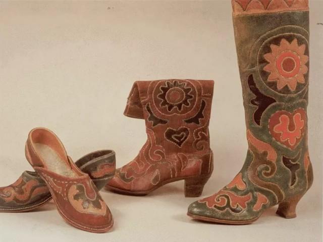Кожа (натуральная): каким бывает материал для обуви, виды для пошива одежды