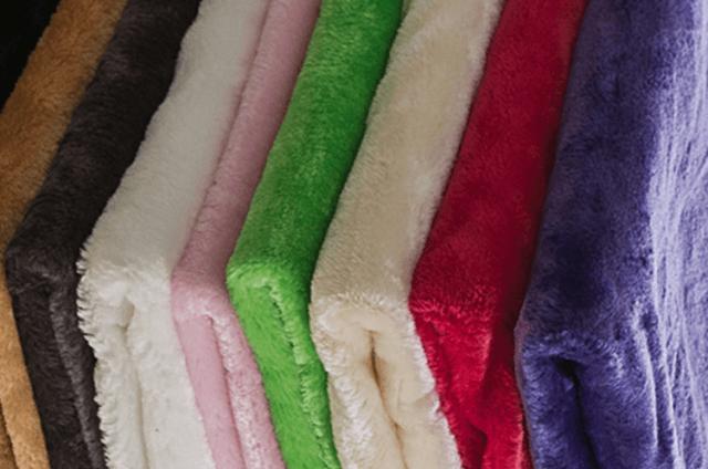 Ткань плюш: что это такое, чем примечателен материал, его особенности