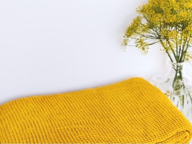 Вафельная ткань: для полотенец, для халатов, что можно сшить из нее