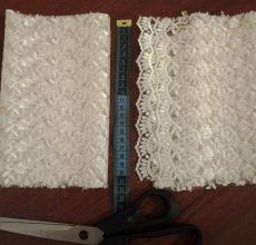 Как сшить бант из ткани и фетра для конверта на выписку своими руками