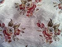 Гобеленовые покрывала на диван или кровать: описание и особенности
