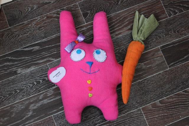 Подушки-игрушки своими руками: оригинальные выкройки детских зверюшек