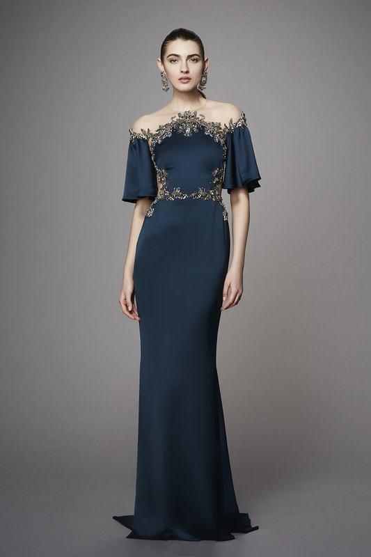 Платье с вышивкой цветами: белое и черное, вечерние длинное с вышивкой на сетке