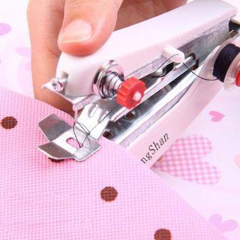 Ручная швейная машинка (механическая и электрическая): особенности для шитья